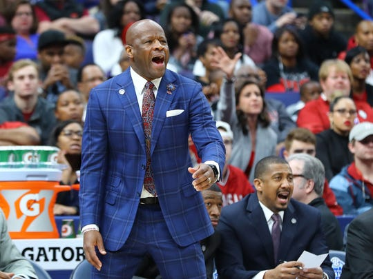 Arkansas Razorbacks coach Mike Anderson expects a fast and high-scoring game.