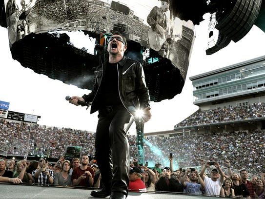 U2 frontman Bono showed his appreciation for East Lansing