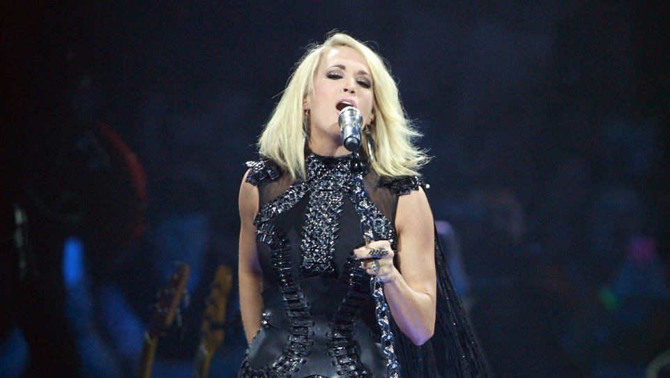 Carrie Underwood will perform at the Giant Center in
