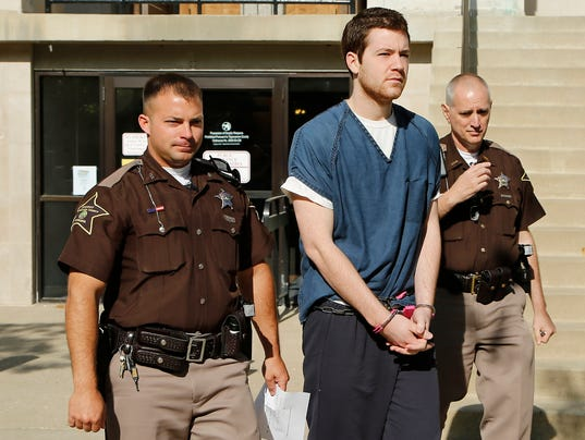 -LAF Cody Cousins in Court_01.jpg_20140508.jpg