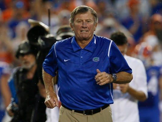 USP NCAA FOOTBALL: MASSACHUSETTS AT FLORIDA S FBC USA FL