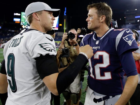 Eagles_Patriots_Football_89706.jpg