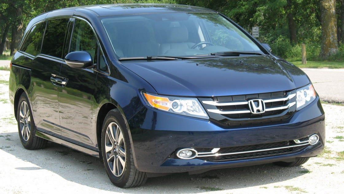 2016 Honda Odyssey economical, safe