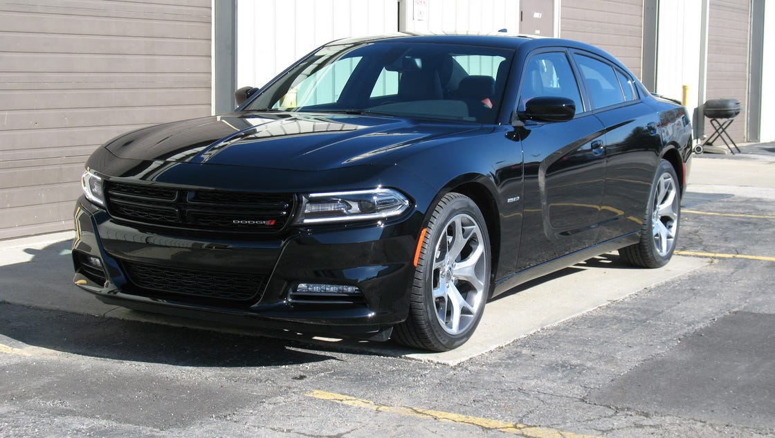2017 dodge charger taps into muscle car mania. Black Bedroom Furniture Sets. Home Design Ideas