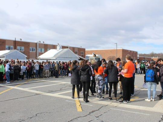 Hundreds of Arlington High Schools students participate