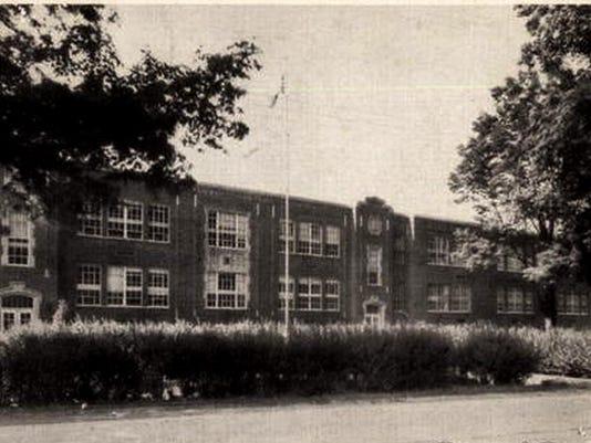 Chenango Forks School 1.jpg
