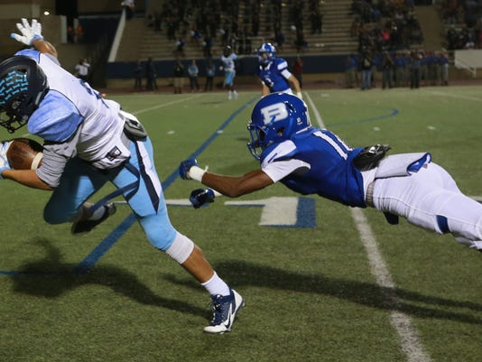 636114041107370535-Chapin-Bowie-Football-6.jpg