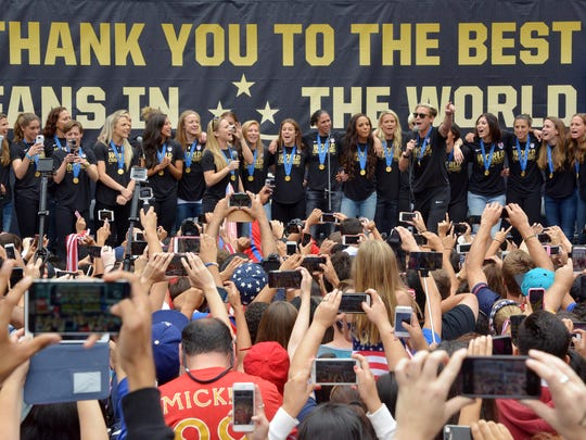 Abby Wambach addresses fans at 2015 Womens World Cup champions celebration at Microsoft  Square at L.A. Live.