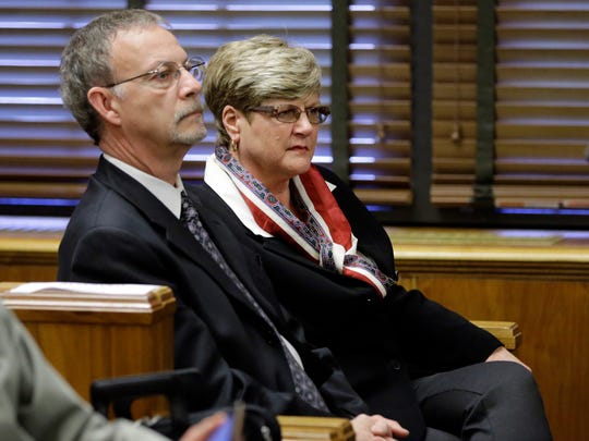 Steven and Paula Andrews, the parents of sportscaster and television host Erin Andrews, listen as Erin Andrews testifies Monday, Feb. 29, 2016, in Nashville, Tenn. Erin Andrews has filed a $75 million lawsuit against the franchise owner and manager of a luxury hotel and a man who admitted to making secret nude recordings of her in 2008. (AP Photo/Mark Humphrey, Pool)