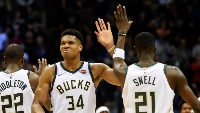 Bucks forward Giannis Antetokounmpo earned the player of the week honors for the Eatern Conference on Monday.
