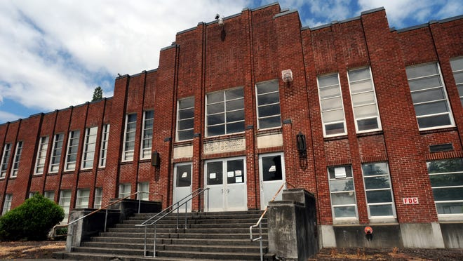 Part of the old Silverton High School is staying put for now.