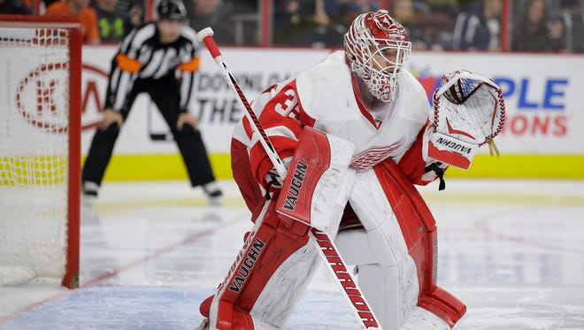 Detroit Red Wings' Jimmy Howard in action against the Philadelphia Flyers on March 14, 2015, in Philadelphia.