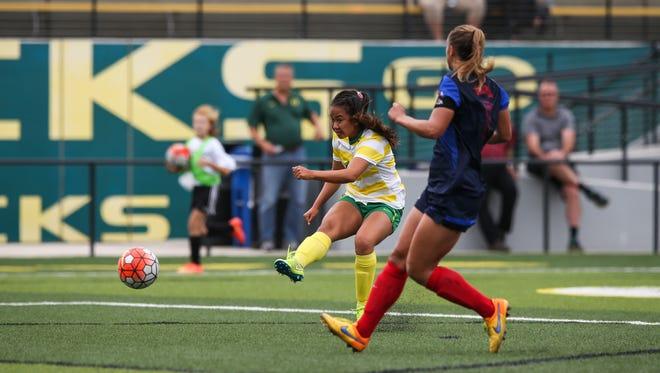 Taylor Kuroda leads the Oregon women's soccer team past Fresno State on Sunday.