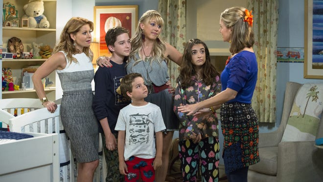 """This is a scene from the television program """"Fuller House.""""  HANDOUT CREDIT: Michael Yarish, Netflix"""