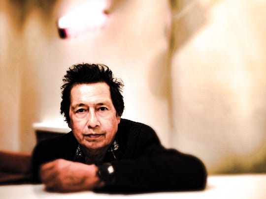 Singer-songwriter Alejandro Escovedo will perform Sunday