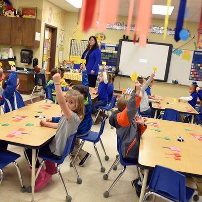 Jodi Cranford's kindergarten class practices learning