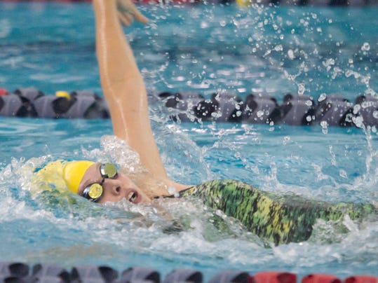 HHS-PHS swimming_01a.jpg