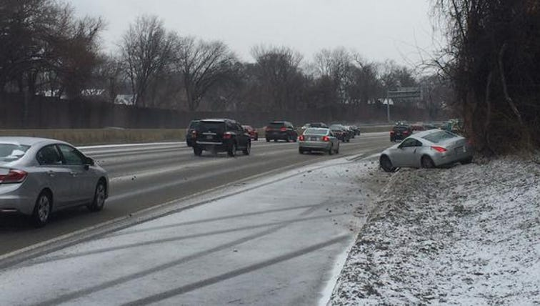 Car spin out on the Beltway in Montgomery County.