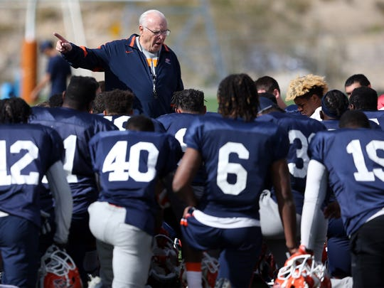Mike Price during a UTEP practice as the team's interim coach in 2017.