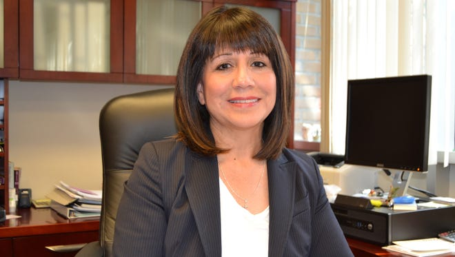 After 14 years in Berkley, City Manager Jane Bais-DiSessa plans to leave for the deputy mayor's post in Pontiac.