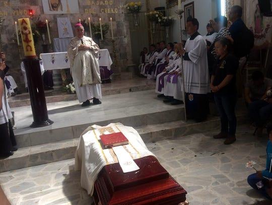 En Apango, Guerrero se llevó a cabo la misa de cuerpo