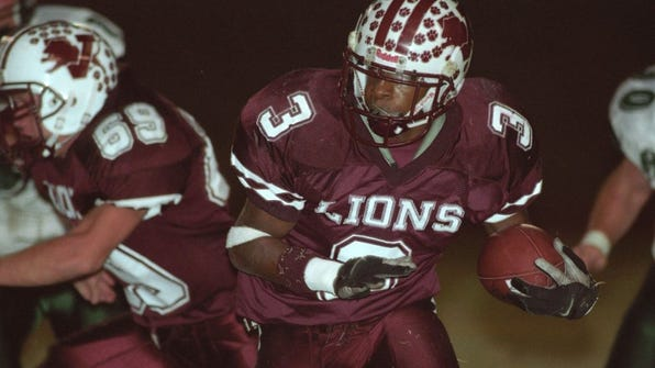 Times Record News file HS ART Cutlines:Vernon's Bernard Scott is one of a long list of running backs who've had success at the next level. Scott rushed for 1,049 yards spanning five NFL seasons with the Bengals and Ravens.