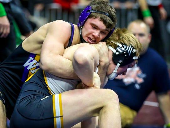 Anthony Zach (Waukee) defeated Thaddeus Breitsprecker