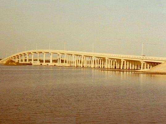 0809-YNMC-HV-3.-1970s-Palm-city-bridge.JPG