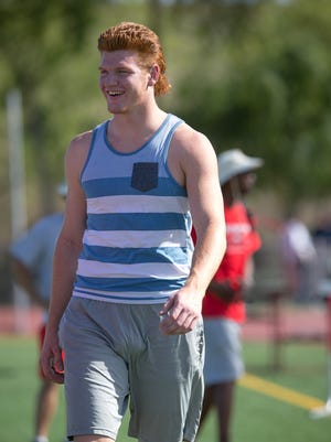 Brophy College Prep's Connor Murphy during high school football practice in Phoenix on Thursday, April 30, 2015.