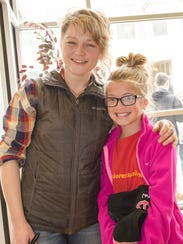 Crystal Bowersox poses with Brenna Nelson after Bowersox's