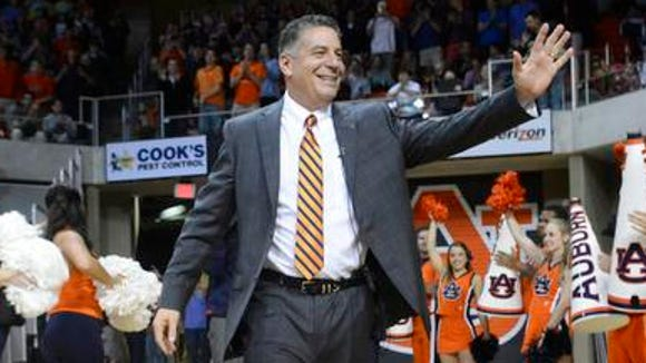 Bruce Pearl's Auburn debut will be at 9 p.m. CT Nov. 14 n ESPNU.