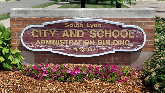 South Lyon Community Schools plans more redistricting meetings.