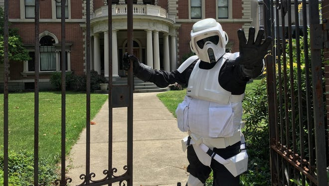 The fifth annual RoberCon science fiction and media convention will include cosplay, fan panels, vendors and more.