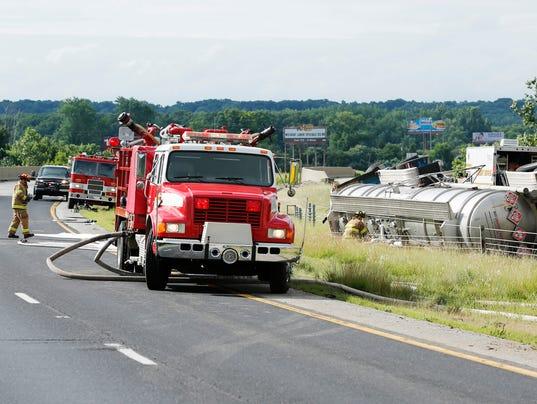 LAF Overturned tanker_01