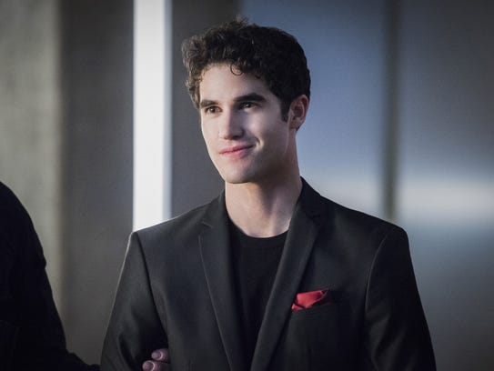 Darren Criss' nefarious Music Meister makes his debut