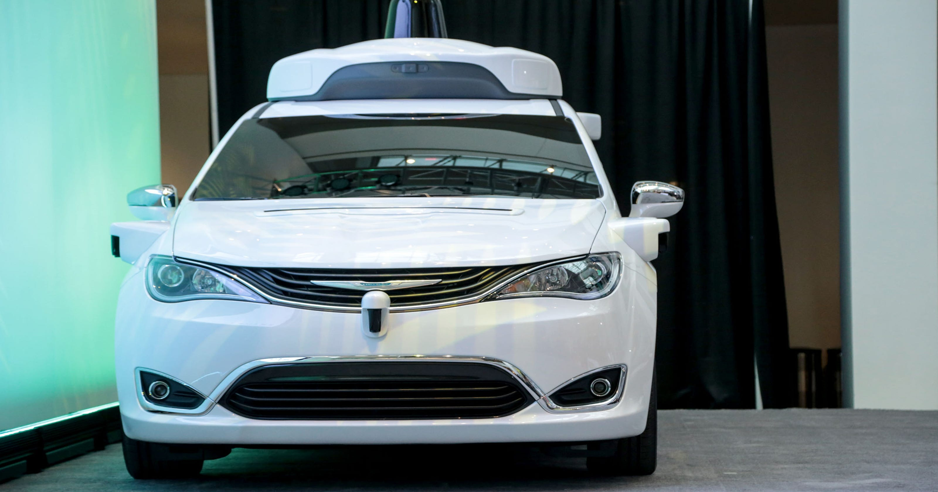Fca Takes Diffe Path To Self Driving Future Than Ford Gm