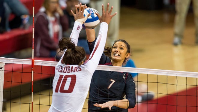 The Florida State volleyball team dropped a tough match against Washington State on Friday night, ending its season in the First Round of the NCAA Tournament.