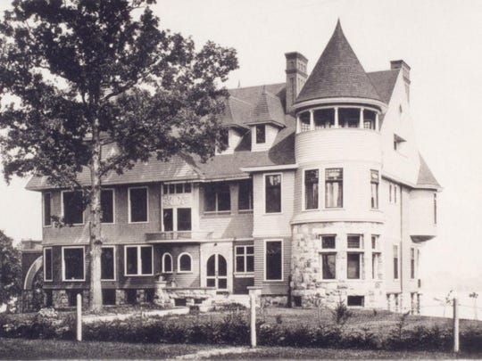 Belle Reve was first built in St. Clair in 1892. The historic mansion was torn down in 1964.