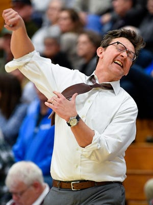 Franklin's head coach Darrin Joines reacts in the final moments of their victory against Brentwood at Franklin High School in Franklin, Tenn., Monday, Jan. 29, 2018.