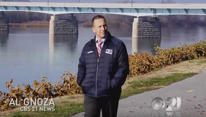Al Gnoza appears in a promotional video for CBS-21.