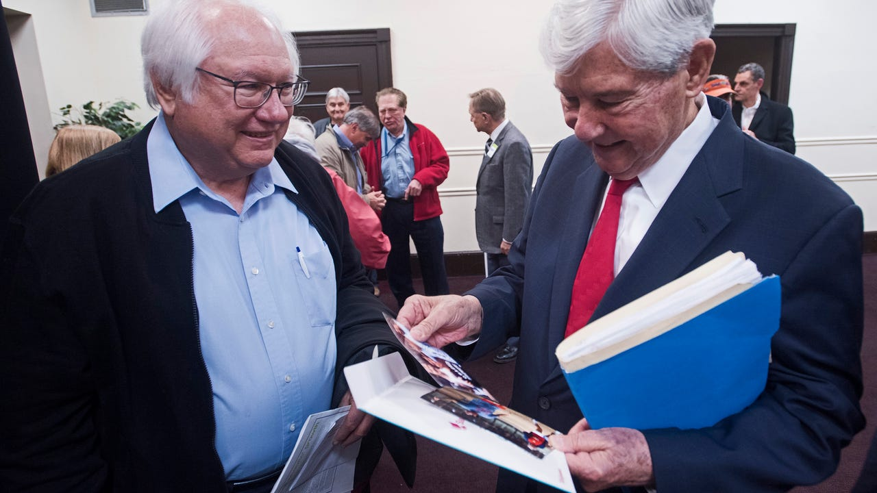 Bob Graham packed out the Pensacola Little Theatre during his talk about civic engagement.