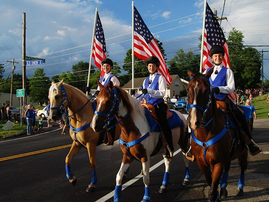 parade03 nws frk.jpg