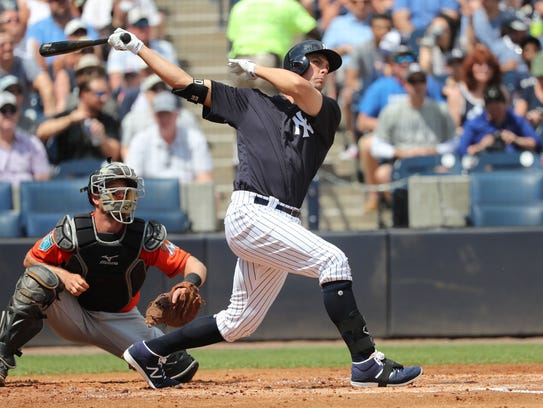 New York Yankees first baseman Greg Bird (33) hits