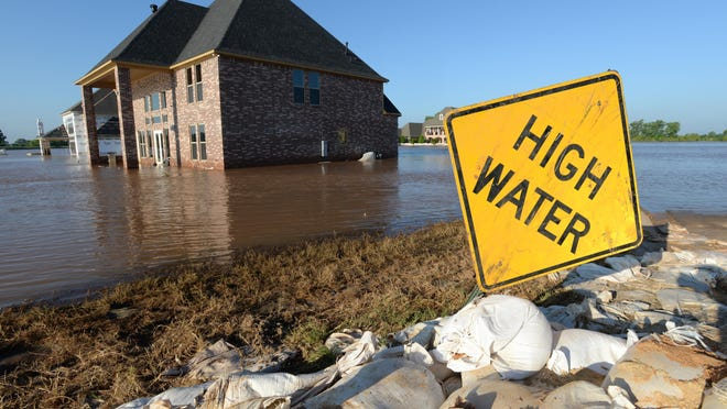 Water has begun to recede in the River Bluff subdivision Friday morning. Bossier Sheriff Julian Whittington and Senator Bill Cassidy toured the development with the media assessing the damage.