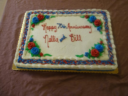 This cake helped the Botimers commemorate their anniversary.