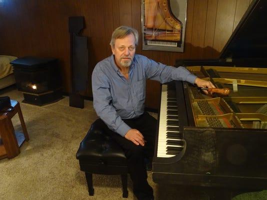 COS Piano tuner 1230
