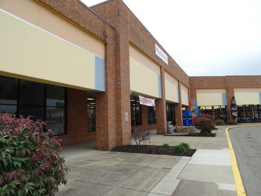 636137774586525085-Old-Midwest-Motoplex-building.JPG