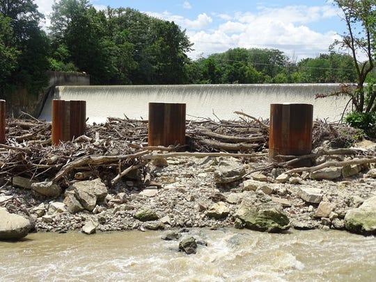 Ice Control Structure by Ballville Dam in the fall when water levels were sparse and structure had little to no water.