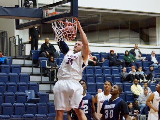 Dillon Salva dunking for Brookdale Community College