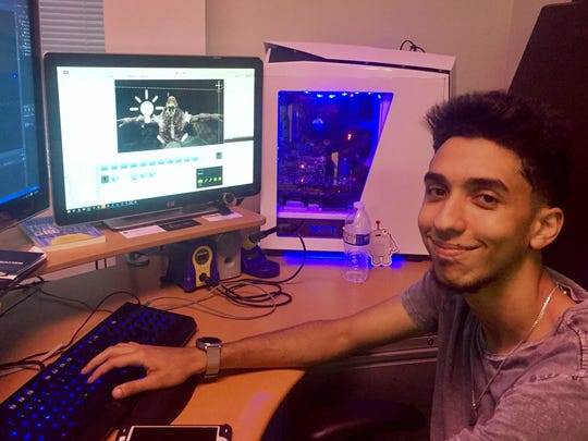 Rami Madbouly creating virtual reality software.